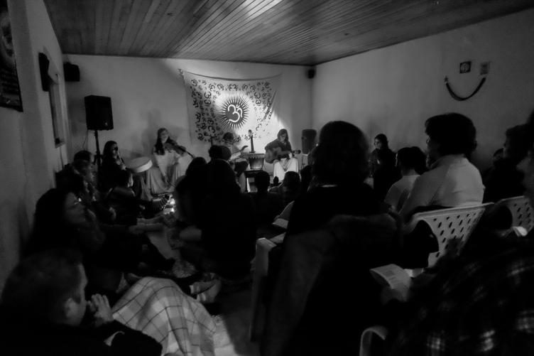 Geo_Concerto_EstudioYoga_ShibaShakti_20140208_FXE21226_FotoCarlosMuralhas_1024px